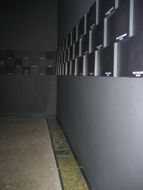 ovcara_massacre_memorial-2
