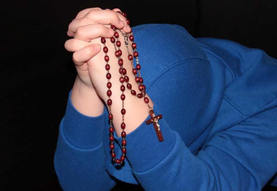 rosary-1212863_960_720